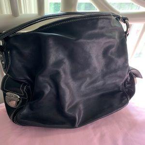 Marc Jacobs Bags - Marc Jacobs Black Leather Handbag